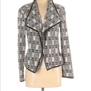 CALVIN KLEIN jacket with faux leather bordering. S
